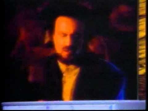Habib - Ma Ke Hastim(Official Music Video)