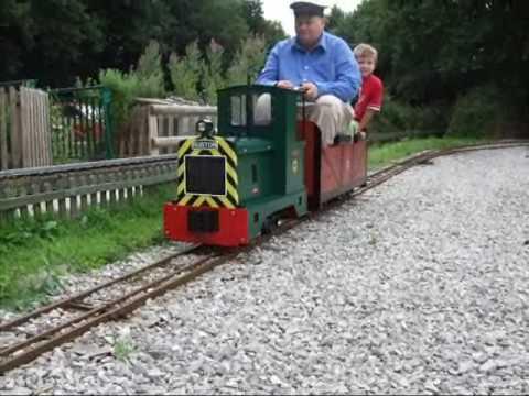 Maxitrak 7 1 4 Quot Ruston 2 Garden Railway Locomotive Youtube