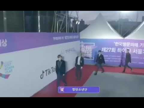 Soeul music Awards 2018.Chị MC bảo là nhớ bạn jungkook 😍😍