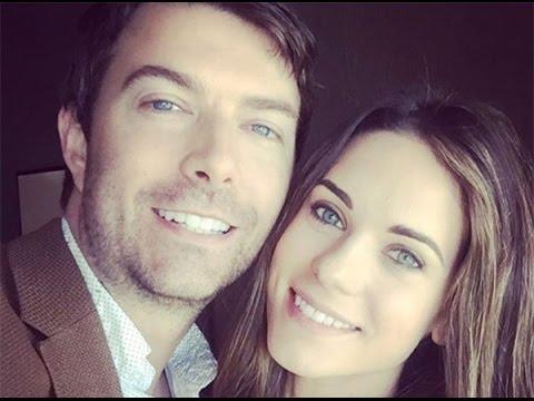 Lyndsy Fonseca & Noah Bean Married: 'Nikita' Stars Wed In Rustic Ceremony