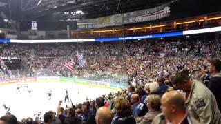 Eisbären goal and game celebration