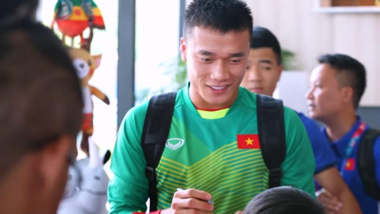 Giao Lưu Cùng HLV Park Hang Seo Và Bí Mật Buổi Tập Luyện Của Olympic Việt Nam