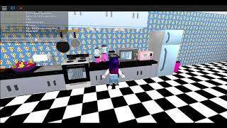 ROOM TOUR OF MY FOURTH IN ROBLOX . SCHOOL🍎 MeepCity