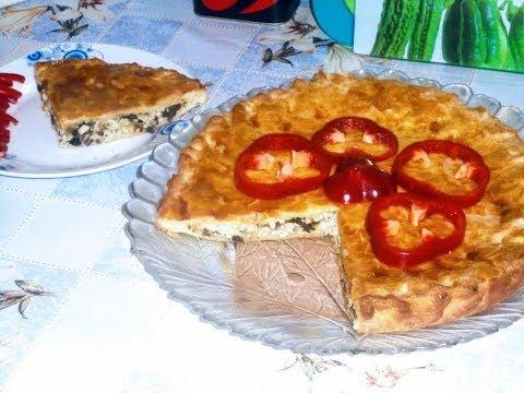 Выпечка.Слоеный  мясной  пирог  с грибами из готового бездрожжевого теста.