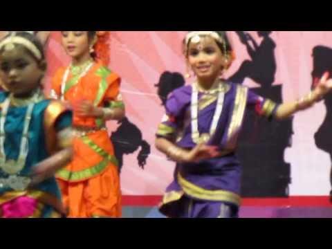 muripala goplala rara krishna with dance
