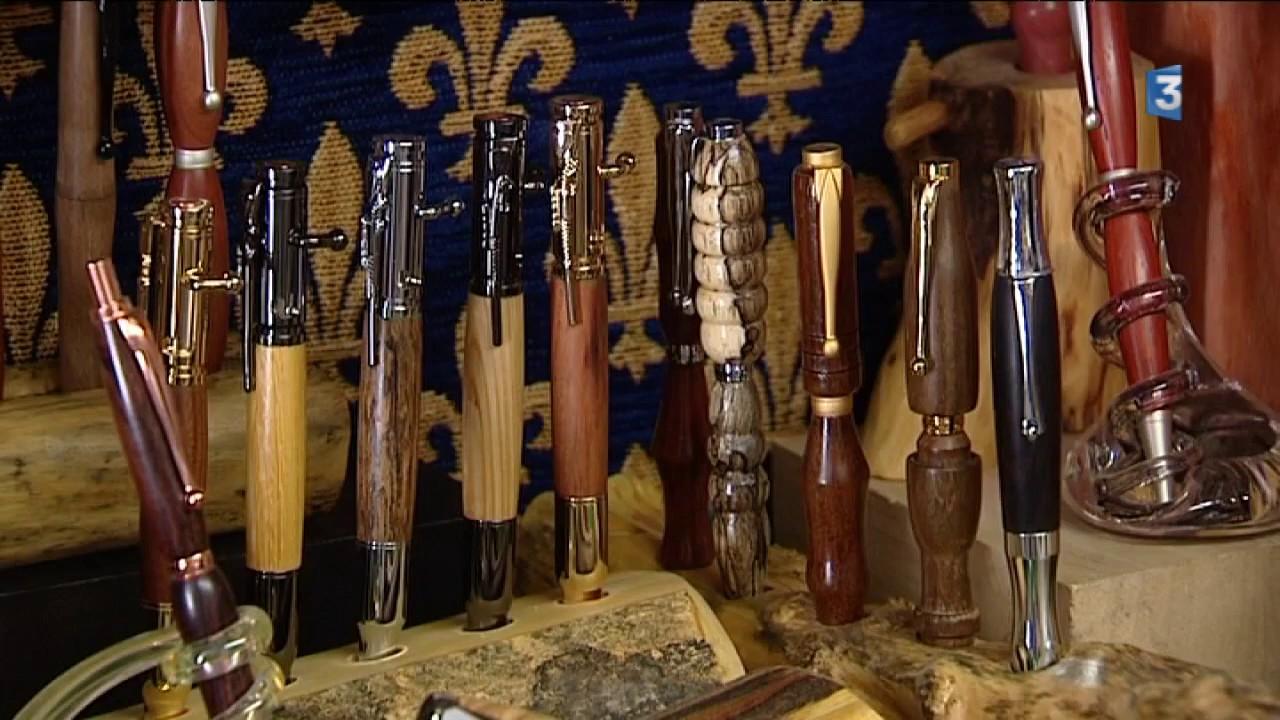 Aveyron   il fabrique des stylos en bois. France 3 Occitanie c7adde1140d