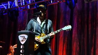 Joe Bonamassa - Sound Check - 4/25/15 Orpheum Theatre - Minneapolis