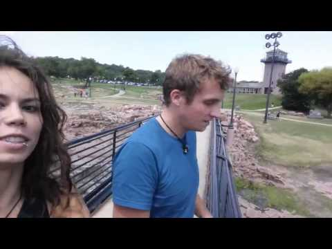 Falls Park and Big Sioux River - VIDEO TOUR (Sioux Falls, South Dakota)
