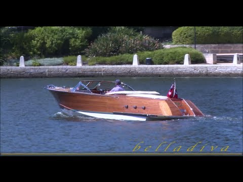 bella diva classic italian style wooden speed boat for sale youtube. Black Bedroom Furniture Sets. Home Design Ideas