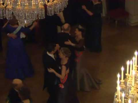 Norwegian King Harald 70th Birthday -  Dancing at the ball (2007)
