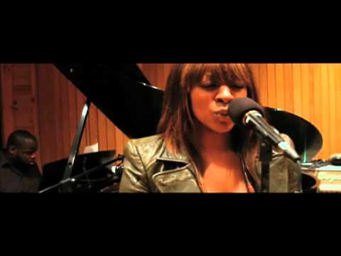 """Jessica Reedy - """"What About Me"""" UNPLUGGED (VIDEO)"""