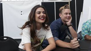 NYCC 2018 Interview   TELL ME A STORY - Danielle Campbell & Billy Magnussen