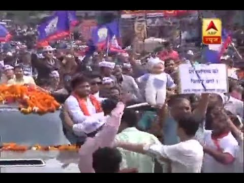 Gujarat Assembly Elections: Hardik Patel's road show in Ahemdabad