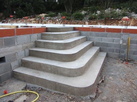 Construire un escalier en b ton de type pyramidal youtube for Construction escalier exterieur beton