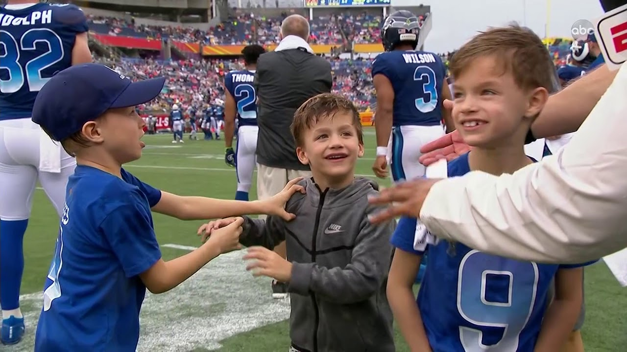 Brees brothers fight at the Pro Bowl