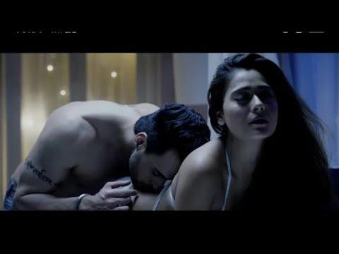 Hot Video Song Akh Lad Jaave Hot Romantic Sara Khan & Angad HasijaHero Sarkar