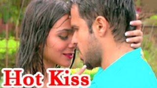 Sexy & Wet: Emraan Hashmi Makes Love In Rain with Humaima Malik: Raja Natwarlal Song | Hindi News