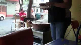 Mexico City : Eating Menudo (Jul. 2012)