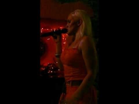 Ewelina Black Velvet - karaoke La Rocca