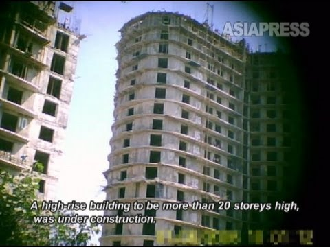 Rimjin-gang Report - Pyongyang Construction Sites to Build 100,000 Apartments (2011) North Korea