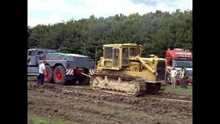 Oakley Plant Ltd - Cat D8h Tug of war