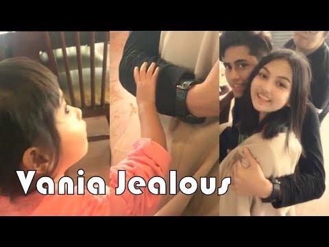 VANIA ATHABINA - Jealous Sama Pacar Kak Athalla