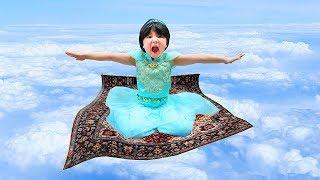 ディズニープリンセス変身ごっこ アラジン魔法の絨毯で空に飛んだ Aladdin s magic carpet Disney Princess Jasmine はねまりチャンネル