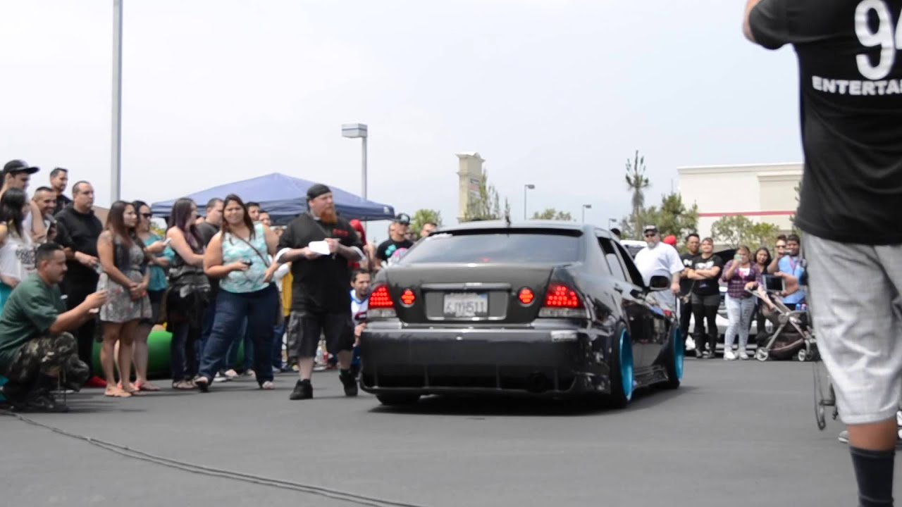 Alex Alcarazu0027s Lexus Is300 ALTEZZA Insanely Loud Back Fire Rev!   YouTube