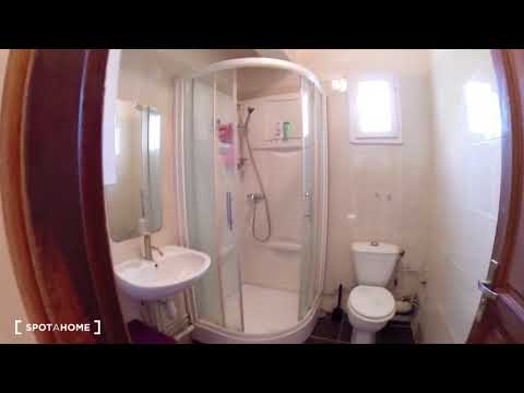 Rooms for rent in 6-bedroom house with terrace in Créteil - Spotahome (ref 145573)