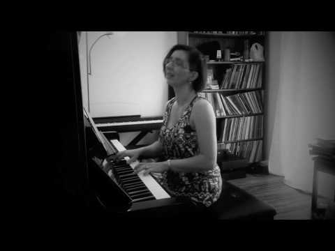 Helen Perris performs Ashes to Ashes (David Bowie cover)