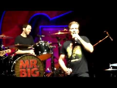 Mr. Big - Living After Midnight (Judas Priest Cover) @ São Paulo - 07/02/2015