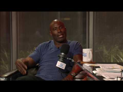 Terrell Davis on Who Should Start Between Tony Romo & Dak Prescott - 11/8/16