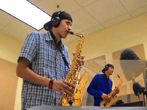 Daniel Bedingfield  If Youre Not The One  Alto Saxophone  charlez360