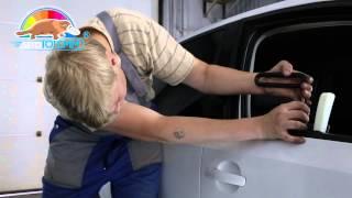 Выпрямление вмятин без покраски на двери белого Volkswagen Polo в