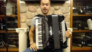 How to Play Balkan Music on Piano Accordion - Lesson 4 - Moldavian Hora
