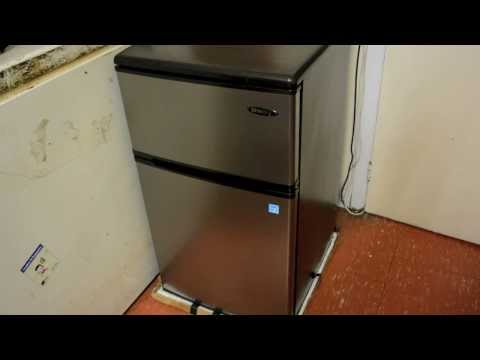 The Best Dorm Room Fridge? - Danby Dual Compact Mini Fridge/Freezer - Random Product Review