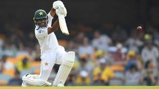 Asad Shafiq's lone hand keeps Pakistan afloat