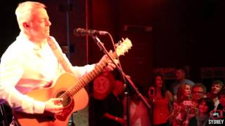 Tommy Emmanuel - Beatles Medley - Classical Gas - Live @ AIM 2013