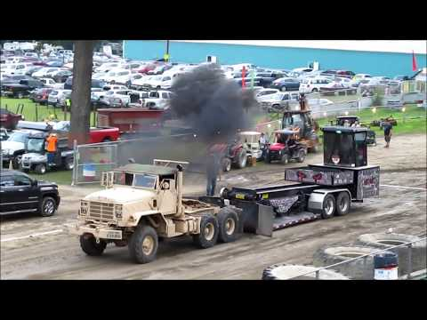 2018   EXHIBITION MILITARY  SEMI TRUCK PULLS   + 1 TRADITIONAL