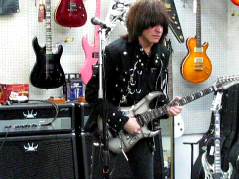 Michael Angelo Batio Guitar Performance Alta Loma Music and Dean Guitars January 2010