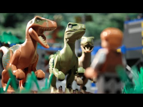 LEGO Jurassic World: The Raptors Strike