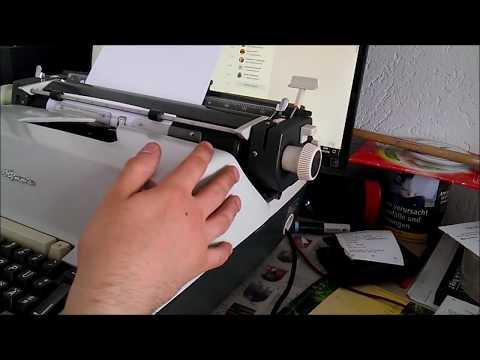 Вопрос: Как пользоваться пишущей машинкой?