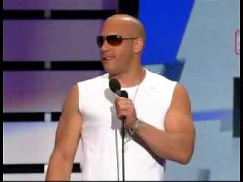 Vin Diesel presenta a Don Omar Premios Billboard 2009