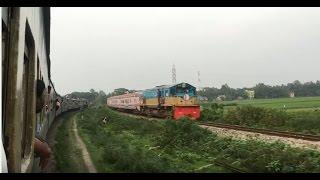 Amazing train crossing in Bangladesh    Kalni Express Vs Mohan…