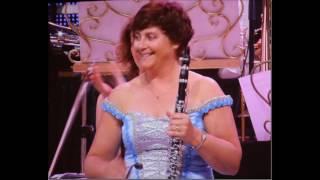 Andre Rieu & JSO - Tribiute to Manoe Konings - JSO lovely Lady players