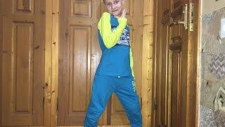 Обзор трикотажных брюк и джемпер для мальчика