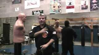 Hand-to-hand fight with Bob-Box Century(Купить в Украине, Харькове - http://eurosport.sells.com.ua/vodonalivnoj-meshok-maneken-century-bob-box-101693/p267 Водоналивной мешок-манекен ..., 2013-02-17T16:29:33.000Z)
