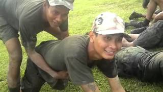Repeat youtube video ทหารใหม่2/54 เอากันมันกลางสนาม