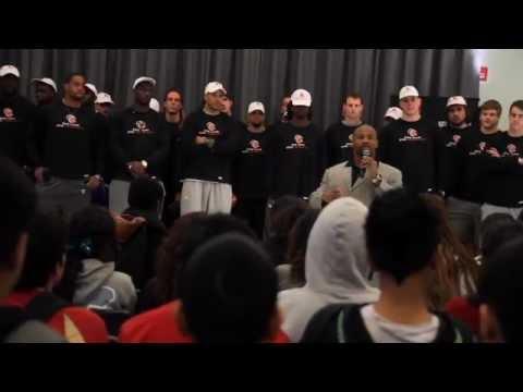 NFLPA - One Team, One Community: Lorenzo Neal