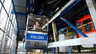 Kölner Seilbahn - Polizeigondeleinweihung